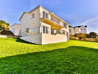 WOOLACOMBE GARDEN APARTMENT | 2 Bedrooms - Woolacombe vacation rentals