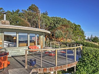The Round House, 2BR Waterfront Home w/ Bay Views - Friday Harbor vacation rentals