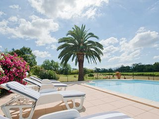 Domaine de l'Horto Carcassonne holidays rental with pool sleeps 10 - Marseillette vacation rentals