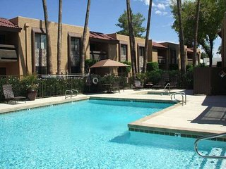 2 bedroom Apartment with Internet Access in Scottsdale - Scottsdale vacation rentals