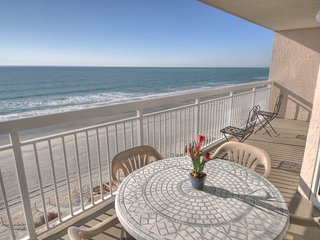 4 bedroom House with Shared Outdoor Pool in North Myrtle Beach - North Myrtle Beach vacation rentals