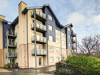FLAT 15, third and fourth floor penthouse apartment, 4 double bedrooms, in - Aberystwyth vacation rentals