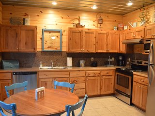 Galloway's Getaway Unit #1 (Greers Ferry Lake Cabin) - Greers Ferry vacation rentals