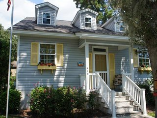 Lovely House with Internet Access and Washing Machine - Saint Simons Island vacation rentals