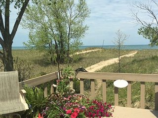 5 Bedroom Dog Friendly Beachfront Cottage with Hot Tub and Lake Views - Michigan City vacation rentals