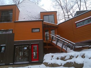 Ski & Golf House - Adele I - Sainte-Adele vacation rentals