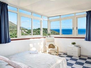 Perfect 3 bedroom Condo in Nerano with A/C - Nerano vacation rentals
