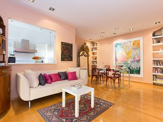 Adorable Apartment with A/C and Satellite Or Cable TV in Rijeka - Rijeka vacation rentals