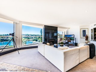 Expansive Luxury Penthouse Living - Double Bay vacation rentals