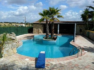 Charming House with Shared Outdoor Pool and Television - Beja vacation rentals