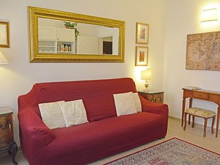 Comfort and Style in the Heart of the Historical Center - Bologna vacation rentals