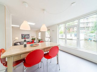 Houseboat Hugo | Warm on the water - Amsterdam vacation rentals