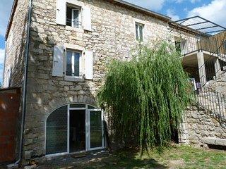 Gite de caractère dans Bastide en pierres (Chassezac) - Casteljau vacation rentals