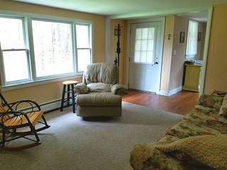 Quiet 2 bedroom, 2nd floor, entire apartment. - South Easton vacation rentals