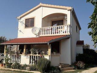 Cozy 2 bedroom Zaton (Zadar) Apartment with Internet Access - Zaton (Zadar) vacation rentals
