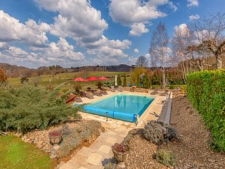 Villa with Heated Pool, Jacuzzi, Sauna, Gym, Wi-Fi - Sarlat-La-Caneda vacation rentals