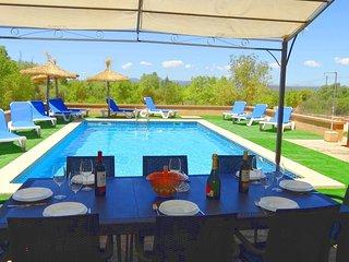 Nice Villa with Washing Machine and Television - Saint Llorenç des Cardassar vacation rentals