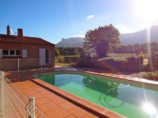 Villa 3 chambres piscine face Sainte Victoire tout confort - Trets vacation rentals