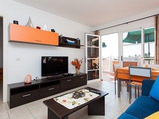Apartamento Esmeralda - Fustes vacation rentals