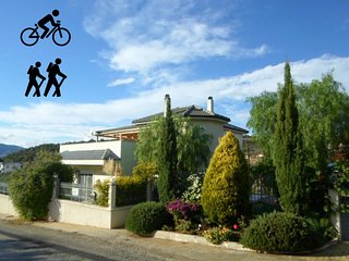 4 bedroom + bike friendly house in Peloponeese - Katakali vacation rentals