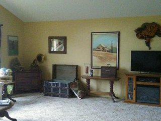 Spacious Bed and Breakfast with Internet Access and A/C - Sequoia and Kings Canyon National Park vacation rentals
