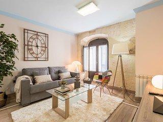 Chezmoihomes Luxury townhall granada - Granada vacation rentals