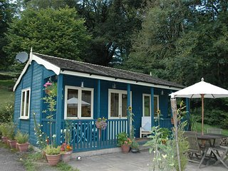 Romantic 1 bedroom Cottage in Glasbury-on-Wye with Television - Glasbury-on-Wye vacation rentals
