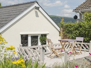 2 bedroom Cottage with Washing Machine in Gilwern - Gilwern vacation rentals