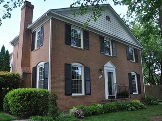 The Spring Guest House - Your Home away from Home in the Washington DC area! - Springfield vacation rentals