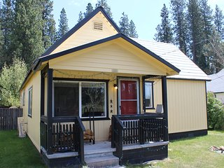 McCloud Mill House, Snow & Ski Just Minutes Away, Walking Distanct to Town - McCloud vacation rentals