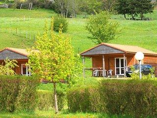 L'Estela Chalet 6 places. Piscine chauffée - Le Monastier-sur-Gazeille vacation rentals