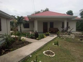 Cozy 3 bedroom House in Moalboal with Internet Access - Moalboal vacation rentals