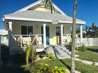 Twisted Crab Cottage - Big Bang for the Buck - Spanish Wells vacation rentals
