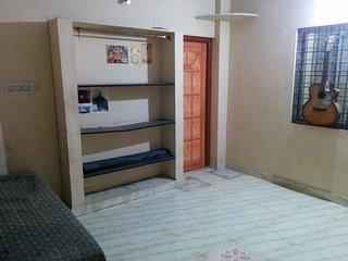 1 hall 1 kitchen semi furnished - Nagpur vacation rentals