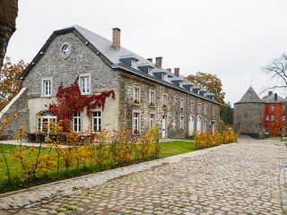 Bright 12 bedroom Vacation Rental in Bastogne - Bastogne vacation rentals