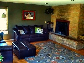 Beautiful 1 bedroom House in Cleveland - Cleveland vacation rentals