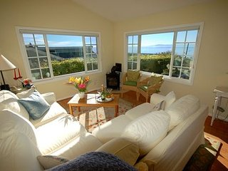 Paradise Cottage - Ocean Views and Delightful Gardens - Summerland vacation rentals