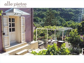 "Liguria ""alle pietre GUEST HOUSE"" Diano San Pietro - Diano San Pietro vacation rentals"
