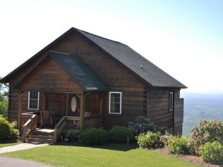 Luxurious Blue Ridge Cabin With Breathtaking View From Hot Tub - Fancy Gap vacation rentals