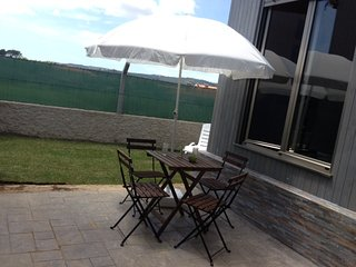 Lovely bungalow just 300m from the beach in idyllic environment - A Pobra do Caraminal vacation rentals