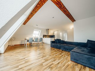 AIRSTAY – Exclusive Apartment BASEL - Basel vacation rentals