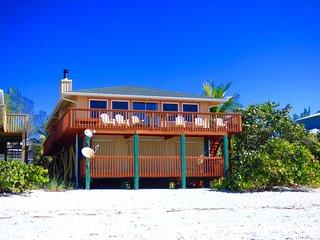 Sophie's Beach House on Little Gasparilla Island: The perfect beachfront retreat - Placida vacation rentals