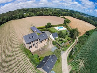 Ty Menhir - A Traditional Breton stone house in a rural and private location - Pleudaniel vacation rentals