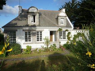 Magnifique villa entièrement rénovée à 80 m de la plage, sur la baie de Quiberon - Saint-Pierre-Quiberon vacation rentals