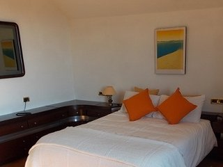 Scirocco. Spacious bedroom with balcony and garden view - Pistoia vacation rentals