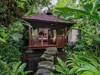 Heaven in Bali - Orange Orchid Room - Payangan vacation rentals