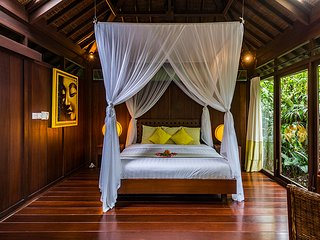 Heaven in Bali - Yellow Orchid Room - Ubud vacation rentals