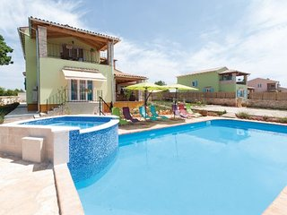 4 bedroom Villa in Svetvincenat, Istria, Croatia : ref 2088524 - Bibici vacation rentals