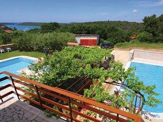 4 bedroom Villa in Banjole, Istria, Croatia : ref 2088603 - Banjole vacation rentals