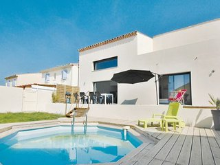 3 bedroom Villa in Gruissan, Languedoc roussillon, Aude, France : ref 2089748 - Gruissan vacation rentals